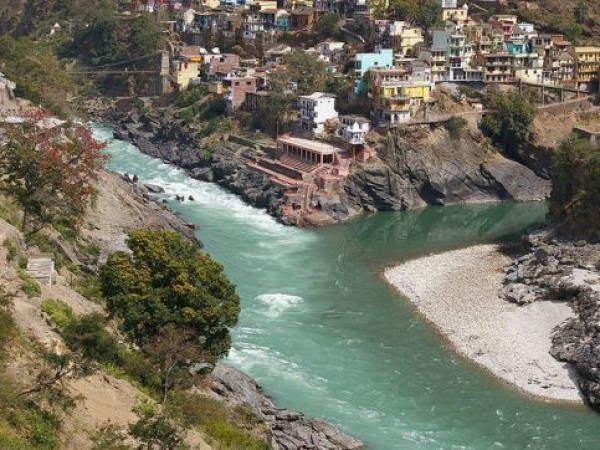 Devprayag photos, 800px-Devprayag_-_Confluence_of_Bhagirathi_and_Alaknanda