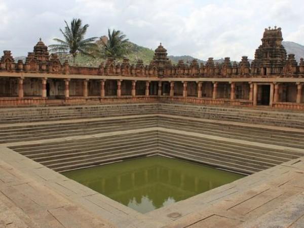 Chikballapur photos, Bhoga Nandeeshwara Temple - Water Tank