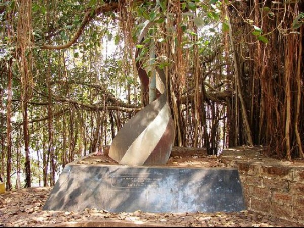Goa photos, Tiracol Fort - Dedicated to Freedom Fighters