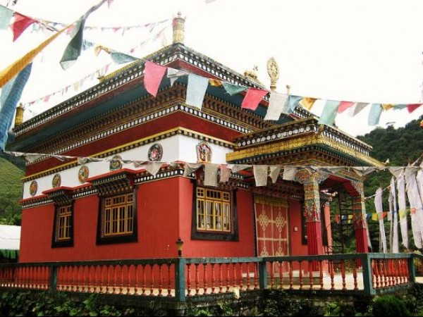 Yuksom photos, Kartok Monastery - Colourfull