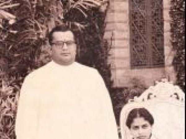 Mysore photos, Tripura Sundari Ammani with Jayachamarajendra Wadiyar - Parents of Srikantadatta Narasimharaja Wadiyar