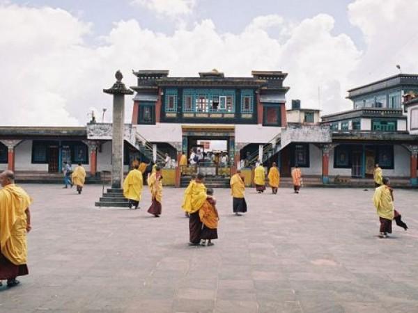 Rumtek photos, Rumtek Monastery - Monks at the Monastery
