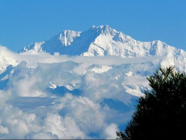 Kanchenjunga photos, Kanchenjunga - An Alluring View