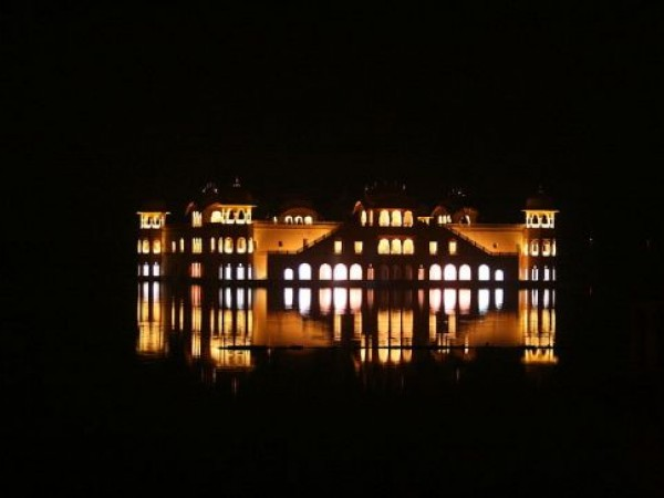 Jaipur photos, Jal Mahal - View during night