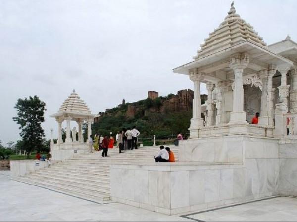 Jaipur photos, Laxmi Narayan Temple - Pristine Structure