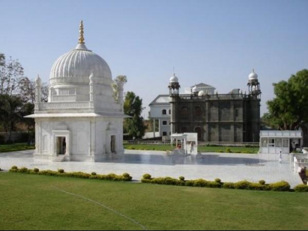 Dungarpur photos, Galiakot - Dargah