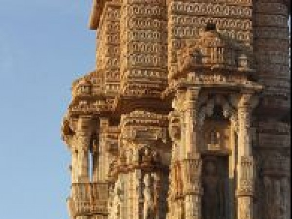 Chittorgarh photos, Kirti Stambh - Carved beautifuly