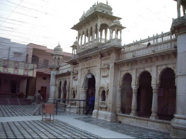Deshnok photos, Karni Mata Temple - Courtyard