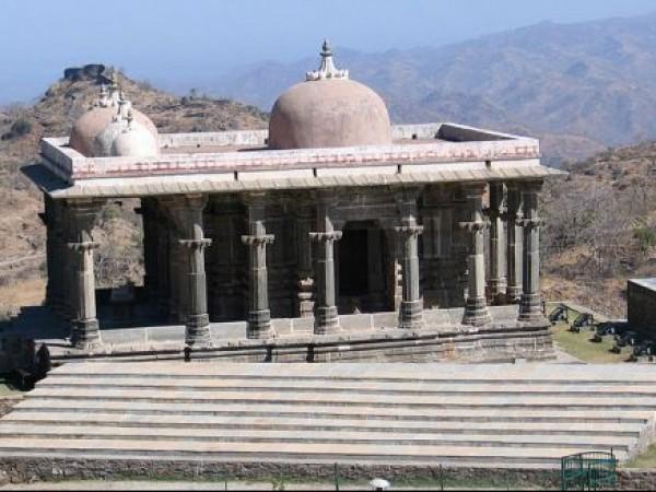 Kumbhalgarh photos, Neelkanth Mahadeo Temple - An Image
