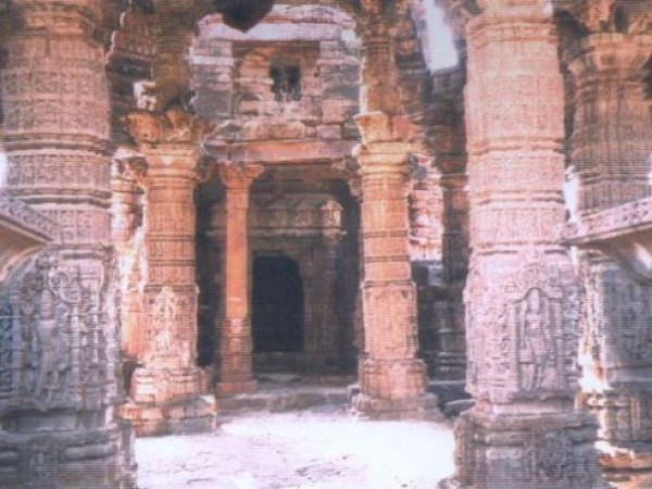 Baran photos, Bhand Devra Temple - Carved Pillars
