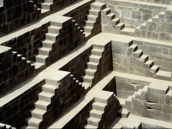Abhaneri photos, Chand Baori - Stairs
