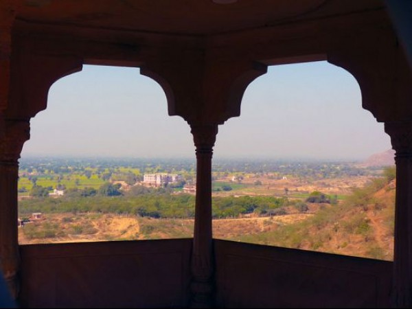 Kesroli photos, Neemrana Hill Fort - Scenic view