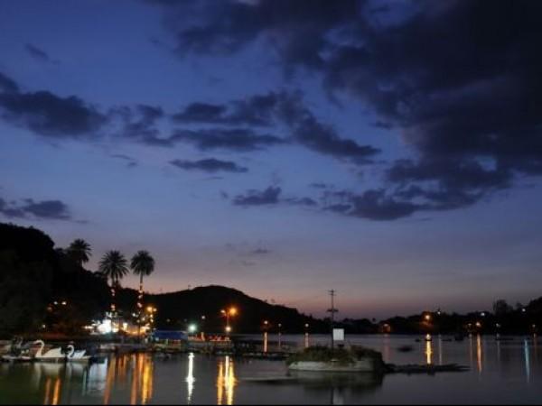 Mount Abu photos, Nakki Lake - During Twilight