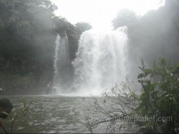 Satara photos, Thoseghar Waterfall - Cascading Waters