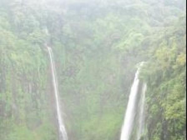 Satara photos, Thoseghar Waterfall - A Panoramic View