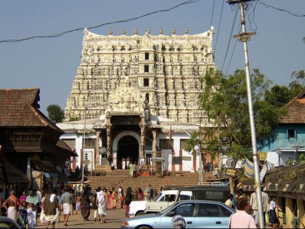Thiruvananthapuram photos, Sri Padmanabha Swamy Temple - Front view