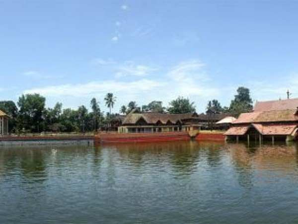 Alleppey photos, Ambalapuzha Sree Krishna Temple - Distant View