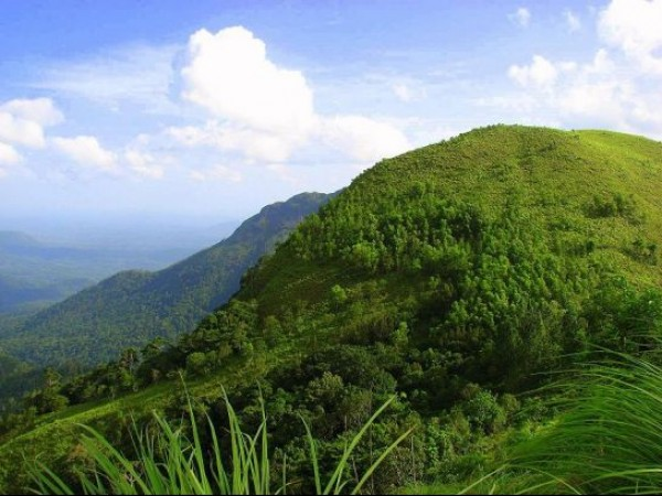 Ponmudi photos, Greenish Ponmudi Hillstation