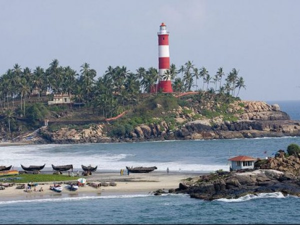 Kovalam photos, Lighthouse - Lighthouse At A Distance