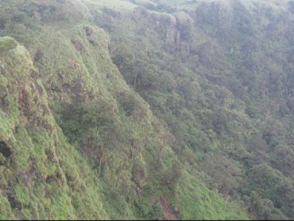 Vagamon photos, Suicide Point - Scenic yet dangerous