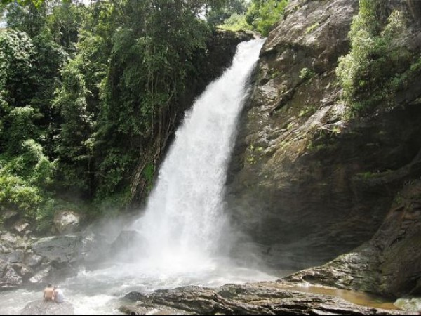 Kalpetta photos, Soochippara Waterfalls - Milky waters gush