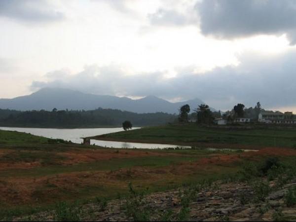 Kalpetta photos, Karapuzha Dam - Scenic