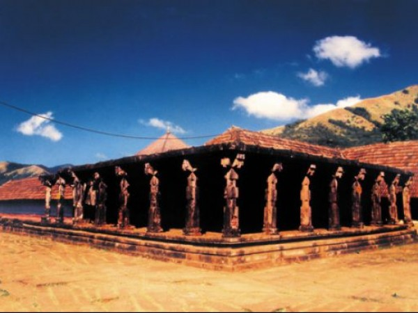 Wayanad photos, Thirunelli Temple - Temple