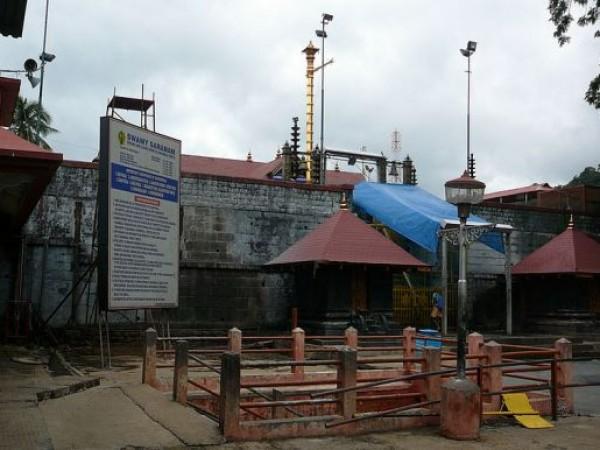 Sabarimala photos, Ayyappa Temple - Inside view