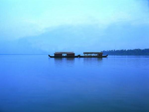 Kumarakom photos, Vembanad Lake - House Boat