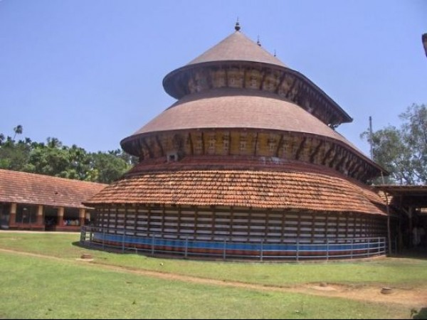 Kasargode photos, A temple view