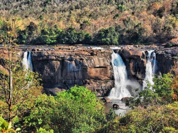 Athirappilly photos, Athirappilly Waterfalls - Water Gushing Out