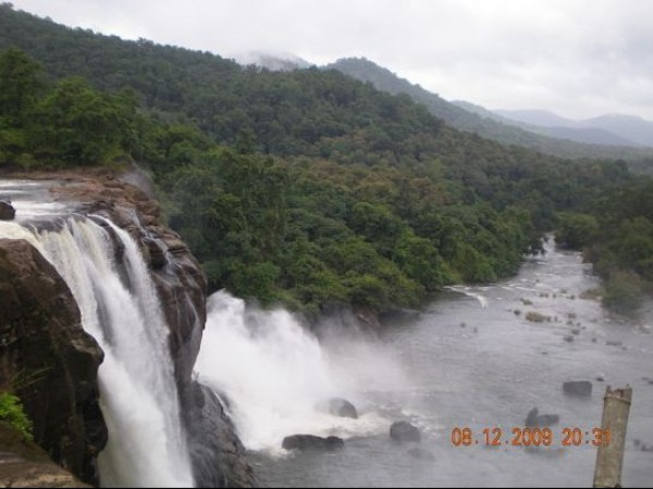 Athirappilly photos, View of the falls