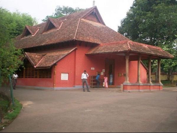 Thiruvananthapuram photos, Sree Chithra Art Gallery