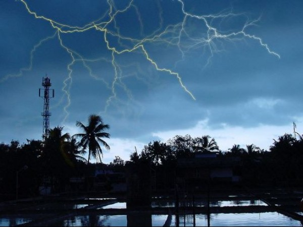Kannur photos, Cherukunnu - Lightning