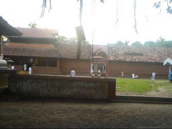 Kannur photos, Cherukunnu - Temple Premises