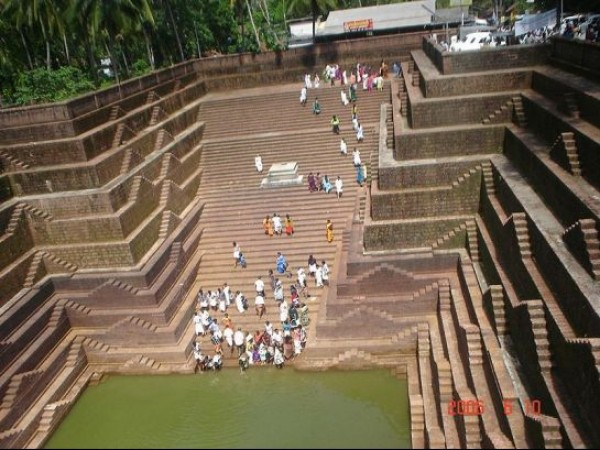 Kannur photos, Peralassery - Stepwell