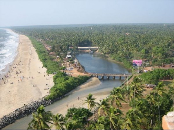 Kannur photos, Payyambalam Beach - An Aerial View