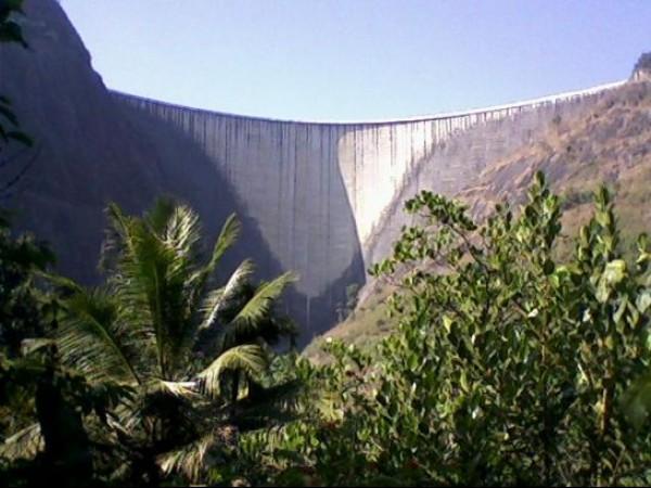 Idukki photos, Idukki Arch Dam - Inner View