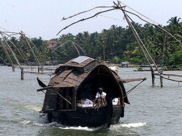 Kollam photos, Ashtamudi Backwaters - Cosy House Boat