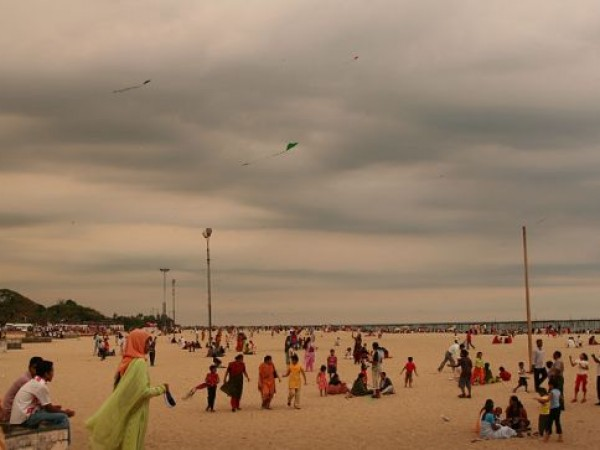 Alleppey photos, Kite Flying