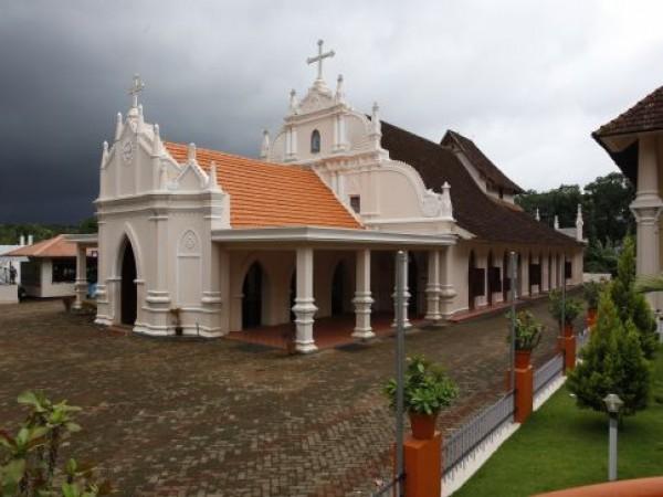 Kottayam photos, St. Mary's Orthodox Church - A Side View