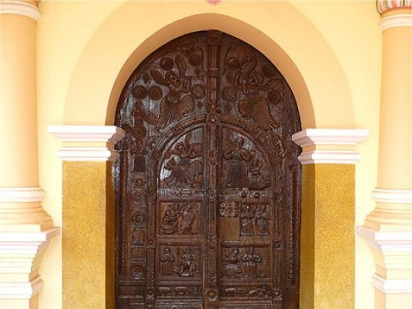 Adoor photos, St. Mary's Orthodox Syrian Cathedral - Carved Door