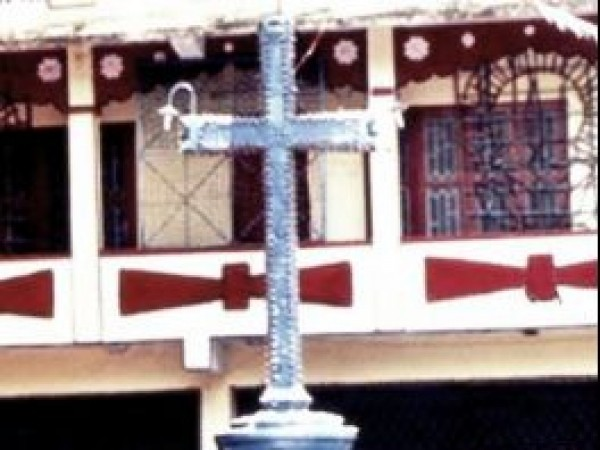 Adoor photos, St. George Orthodox Church - Cross