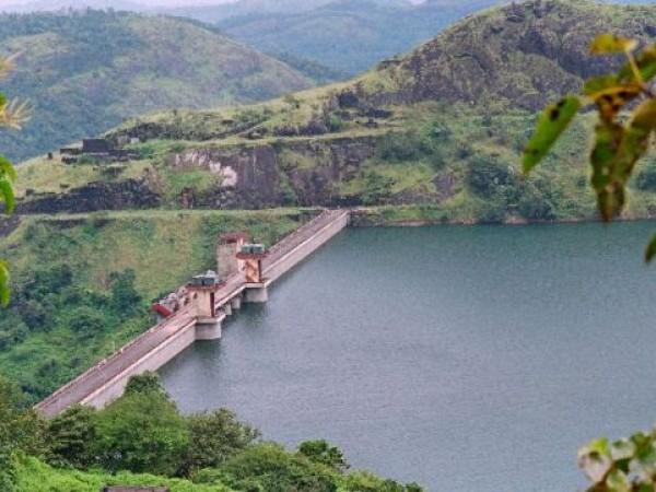 Idukki photos, Cheruthoni Dam - The Dam From A Distance