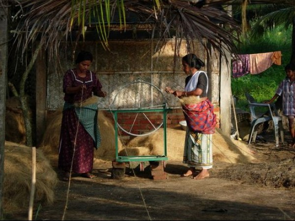Kollam photos, Coir Spinning