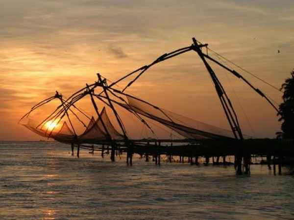 Kochi photos, Chinese Fishing Nets - During Dusk