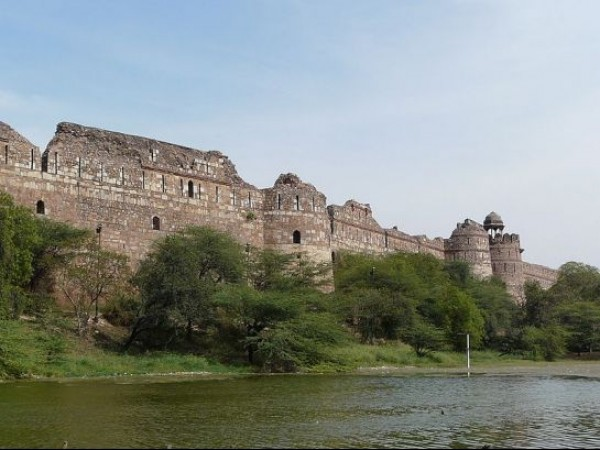 Delhi photos, Old Fort - Ramparts