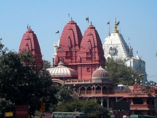 Delhi photos, Digambar Jain Temple - Beautiful Towers