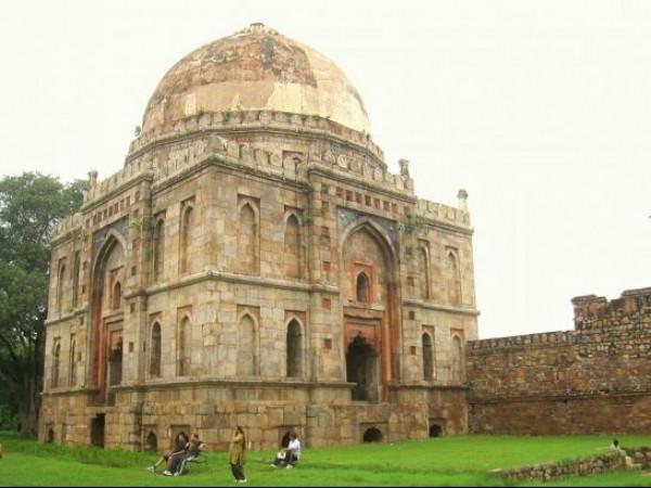 Delhi photos, Lodhi Garden - Bara Gumbad