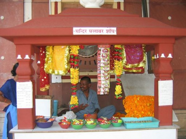 Delhi photos, Birla Mandir - Flower Shop